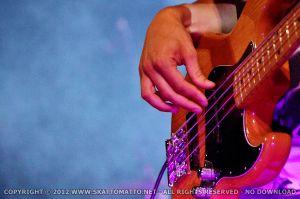 (06)1065-2012-08-23-fb.jpg